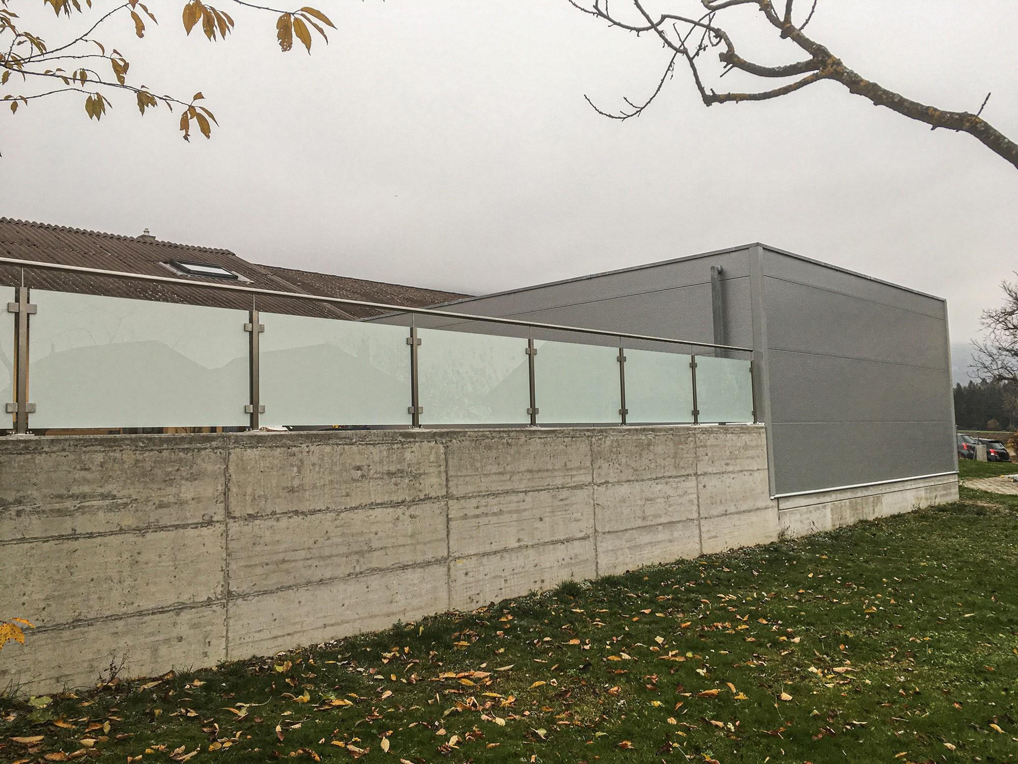 Barrière vitrée